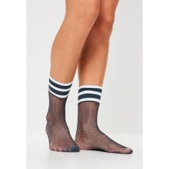 Sports Top Fishnet Socks